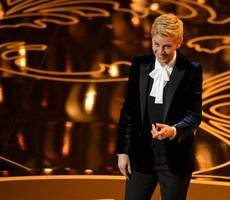 Ellen DeGeneres makes history at the People's Choice Awards