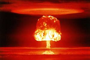 What's standing between Donald Trump and nuclear war?