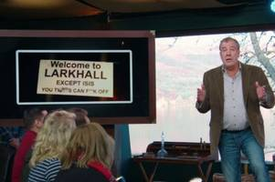 jeremy clarkson praises larkhall's cheeky sign warning off islamic state on the grand tour