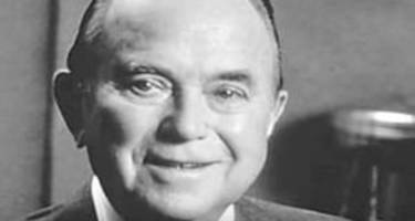 ray kroc's wiki: net worth, mcdonald brothers, family, and builder of an empire