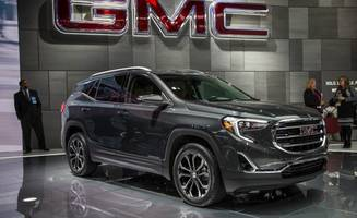"""gmc touts """"intuitive"""" new shifter on 2018 terrain"""