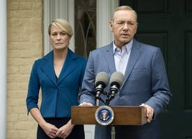 'house of cards' unveils chilling teaser for season 5 on trump's inauguration day