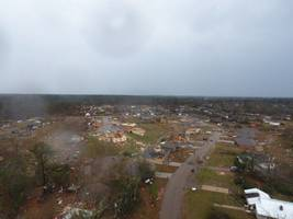 mississippi tornado: 3 killed, major damage reported to buildings (photos)
