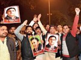 Akhilesh releases list of candidates but ignores Congress