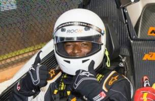 watch dee gordon race around the marlins park infield – in a formula one car
