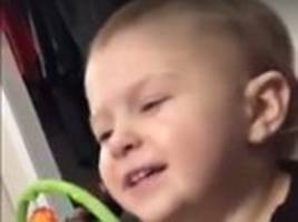 toddler belts out dolly parton's jolene