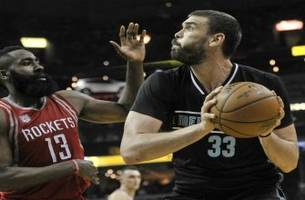 Grizzlies LIVE To Go: Grizzlies consistency struggles continue as they fall to the Rockets 119-95