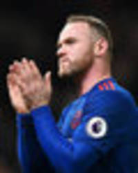 Wayne Rooney sends message to Bobby Charlton after breaking his goalscoring record