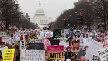 Canadian and Brit heading to Women's March turned away at U.S. border