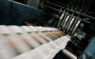 shareholders move in on johnston press ceo