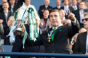 celtic can win a treble unbeaten - but hoops of 2001 would still take them says alan stubbs