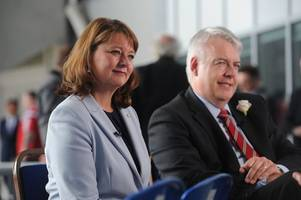 carwyn jones and leanne wood are about to unveil their own alternative brexit plan