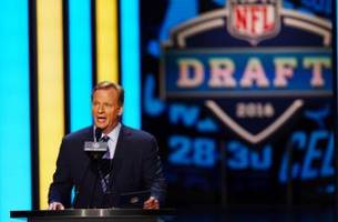 2017 nfl draft: 49ers should trade no. 2 overall pick to the titans