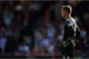 Wayne Hennessey admits he must keep more clean sheets at Crystal...