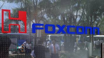 iPhone maker Foxconn signals $7bn US investment