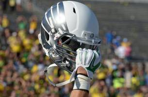 oregon football recruiting: 4-star cyrus habibi-likio commits to ducks