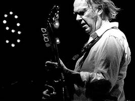 pearl jam gets neil young as hall of fame inductor