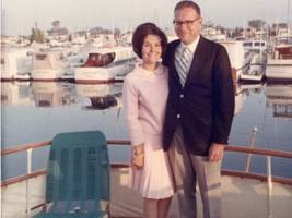 5 things you didn't realize about warren buffett, according to his daughter