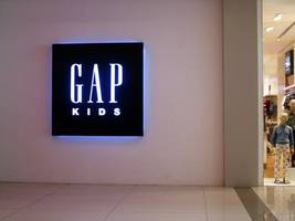 gap envisions a future with augmented reality 'dressing rooms'
