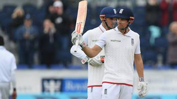 alastair cook becomes first englishman to reach 10,000 test runs