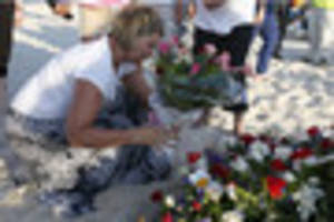 tunisia attack - holidaymaker claims at inquest he was offered...