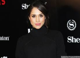 meghan markle spotted wearing an 'h' ring on her finger