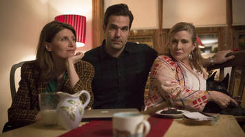 carrie fisher: catastrophe role 'fitting tribute' to stars wars actress