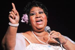 aretha franklin announces retirement from touring