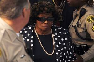 katherine jackson accuses her nephew of abuse in court docs