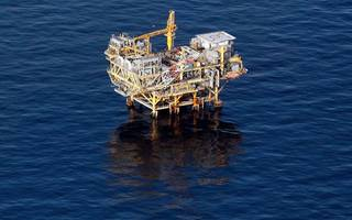 good dog: bhp greenlights a major investment in bp's mad dog oilfield