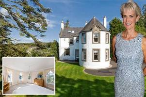 tennis star sir andy murray's mum judy puts her stunning stirlingshire house up for sale