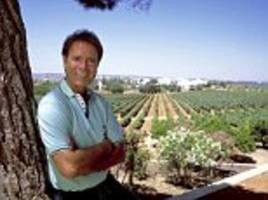 cliff richard slashes the price of portuguese mansion