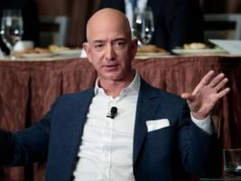 how amazon's payments service could solve its biggest weakness against paypal (amzn, pypl)