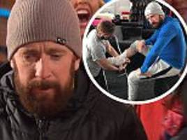 bradley wiggins forced to pull out of the jump
