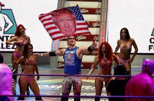 In Mexico, pro wrestler enjoys drawing boos with Trump flag