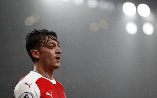 why dropping ozil might be arsenal's best hope in munich