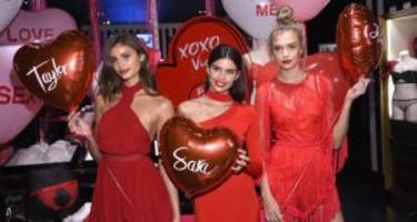 check out these 7 valentine's day-inspired posts from your favorite celebs!