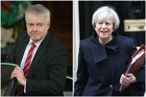 carwyn jones urges pm not to close 'vital route to sanctuary' for child refugees