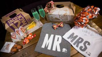finally, you can get married at taco bell!