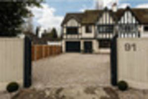 Look at what this 'technology-rich' home in Bramcote has to offer...