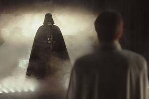star wars fan accused of attacking man outside screening of rogue one blockbuster