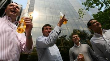 lloyd's of london angers staff with workday boozing ban