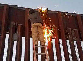 Drug Catapult Discovered Attached To US-Mexico Border Wall In Arizona