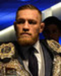 conor mcgregor taunts floyd mayweather on twitter: he retired on my arrival to las vegas