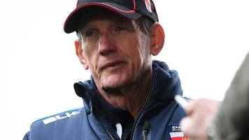 Wayne Bennett: England coach accepts blame for Super League club conflict