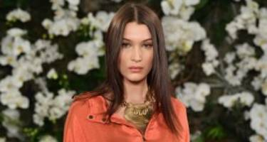 """Bella Hadid Strips Down for Her Photoshoot with """"V"""" Magazine: See the Pics Here!"""