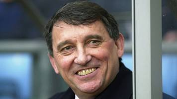 graham taylor statue planned by watford fc