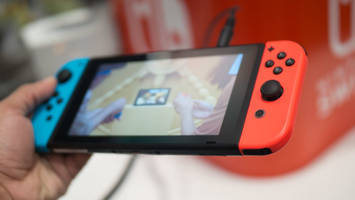 Nintendo Switch videos are popping up on the internet as retailers mess up shipping date