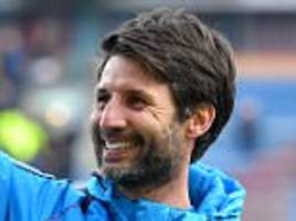 lincoln boss danny cowley up at 5.30am to watch footage