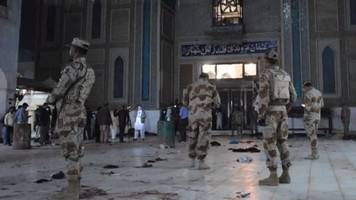 Pakistan kills more than 100 militants after shrine attack